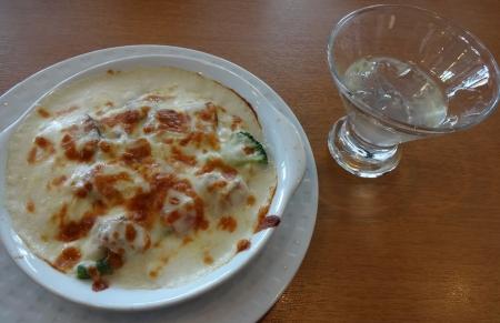 ローストチキンと彩り野菜のドリア とレモンゼリー