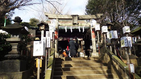 諏方神社拝殿