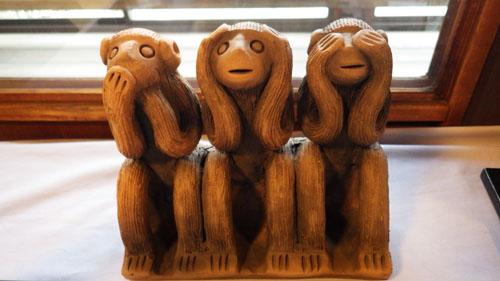 3猿の玩具