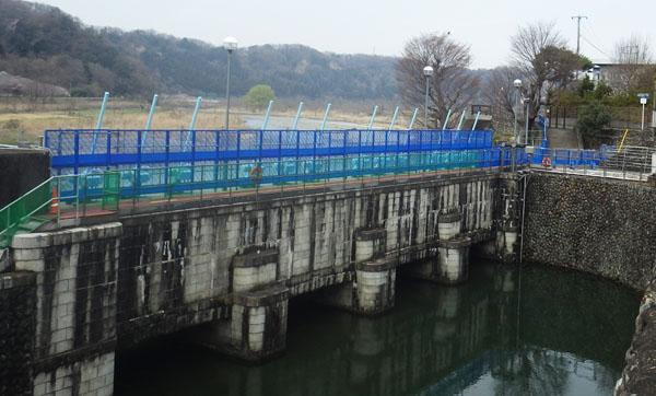 羽村取水堰・第一水門