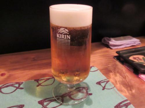 まずはビール