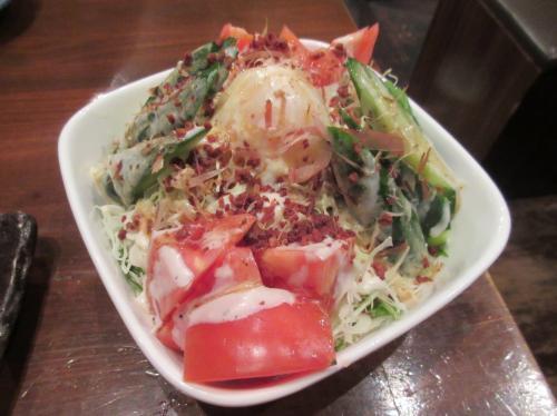 温玉サラダ