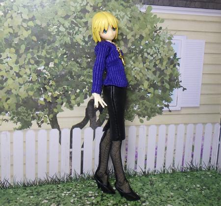 28_03_30 黒のタイトスカート2