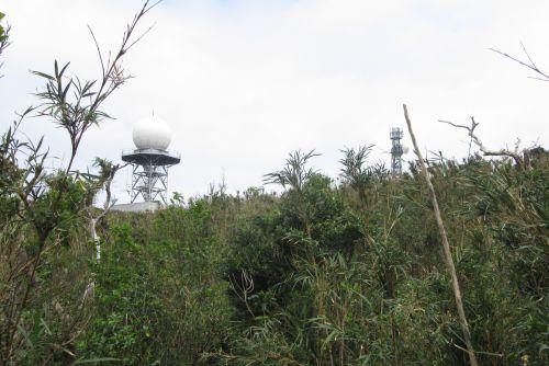 山頂付近の鉄塔