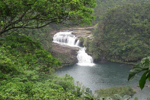 マリユドウの滝