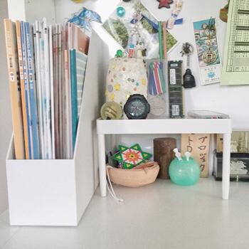 こちらは長男くんの机。