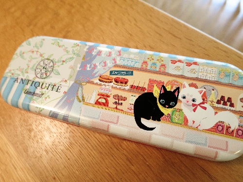 でゴンチャロフの猫キャラチョコレートを買いました。