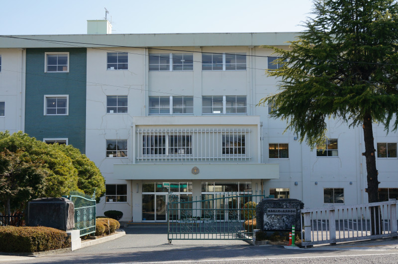 koriyama_east_high_school.jpg
