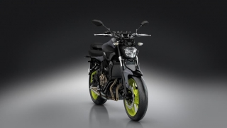 2016-Yamaha-MT-07-EU-Night-Fluo-VR360-033.jpg