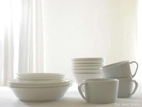 06>深さのある白い食器の見直し・片づけ・収納