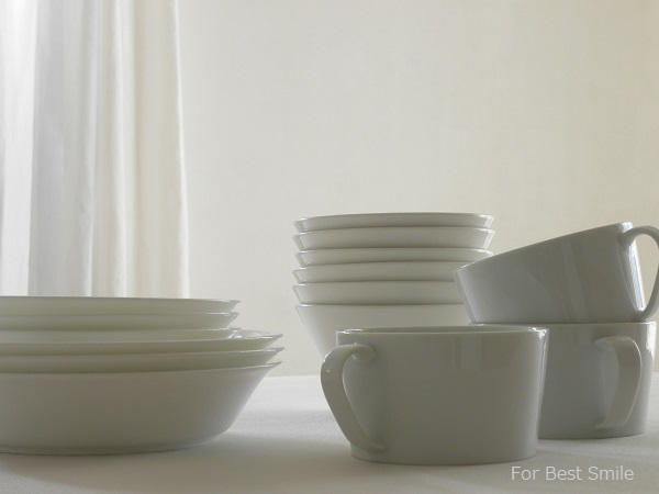 07>深さのある白い食器の見直し・片づけ・収納