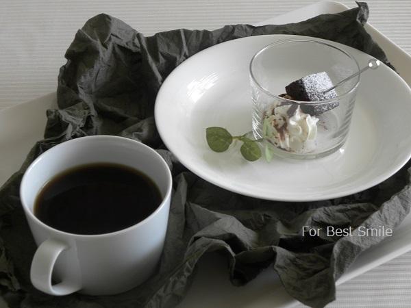 20>深さのある白い食器の見直し・片づけ・収納