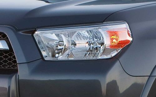 2013-Toyota-4Runner-headlight.jpg