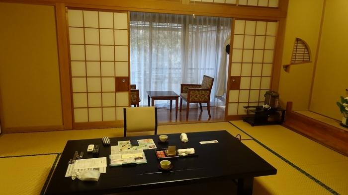 もみの木部屋 (5)