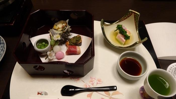 もみの木食事 (1)