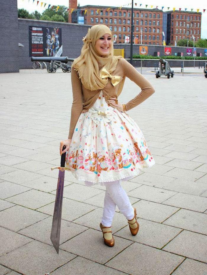 muslim-lolita-hijab-japanese-fashion-anime-23.jpg