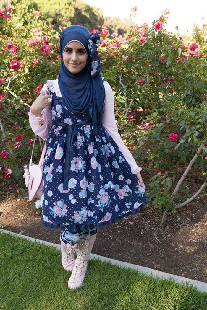 muslim-lolita-hijab-japanese-fashion-anime-30.jpg