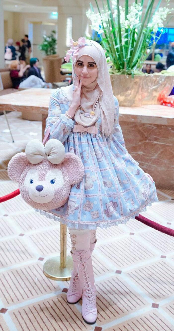 muslim-lolita-hijab-japanese-fashion-anime-42.jpg