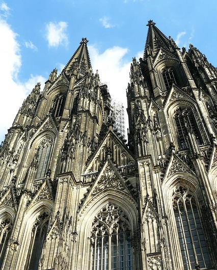 cologne-cathedral-352450_640.jpg
