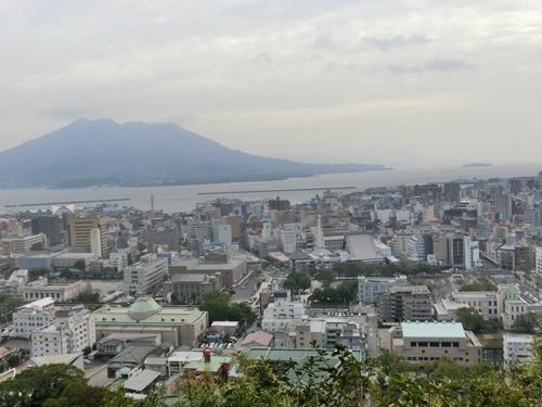 城山から見た市内