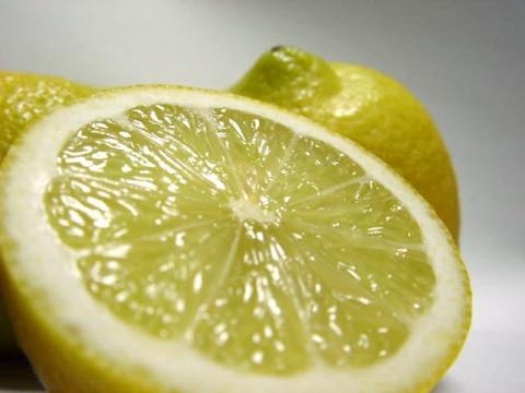 lemon102.jpg