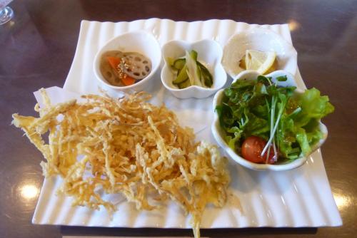 Cafe MOCO (モコ)さん (mt.okuho)