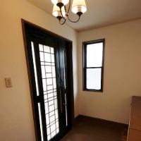 新田木崎の中古住宅玄関