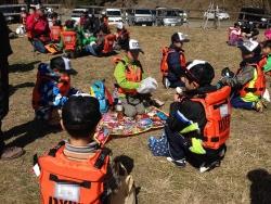 DYFC九重トラウトスクール(13)‐グループでお昼ご飯1