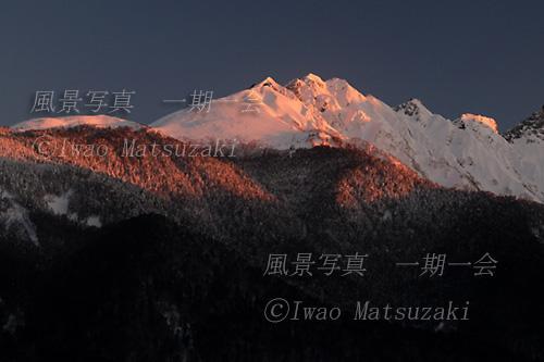 朝日の西穂高岳