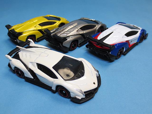 Tomica_Gift_Lamborghini_Set_14.jpg