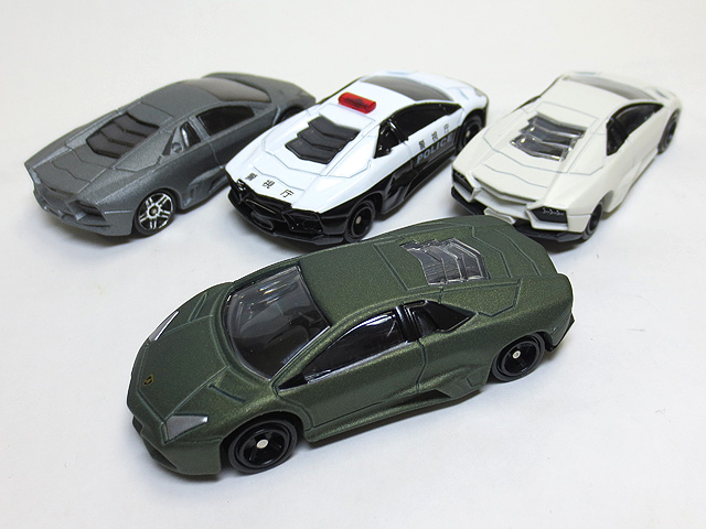 Tomica_Gift_Lamborghini_Set_18.jpg