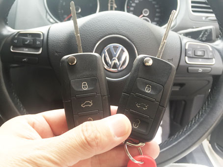 VW_golf6_key_programming2.jpg