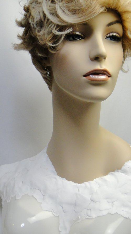 faceofthe_mannequin_03.jpg