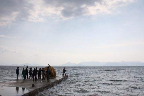 0067:ベネッセハウス 当日の海は大荒れ