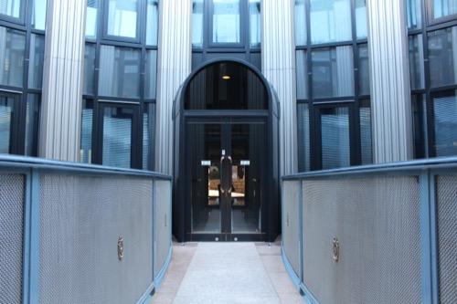 0075:渋谷区立松濤美術館 中庭の様子①