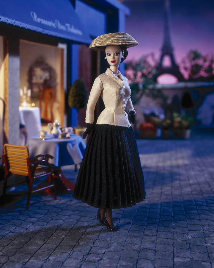 13-1997dior-pour-les-50-ans-du-tailleur-bar-1947-1259887476.jpg