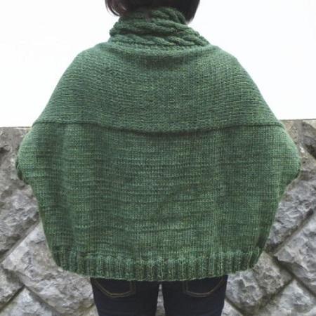 棒針編み無料編み図つき編み物キットツリーハウスリーブスまっすぐベストカーディガン後ろ