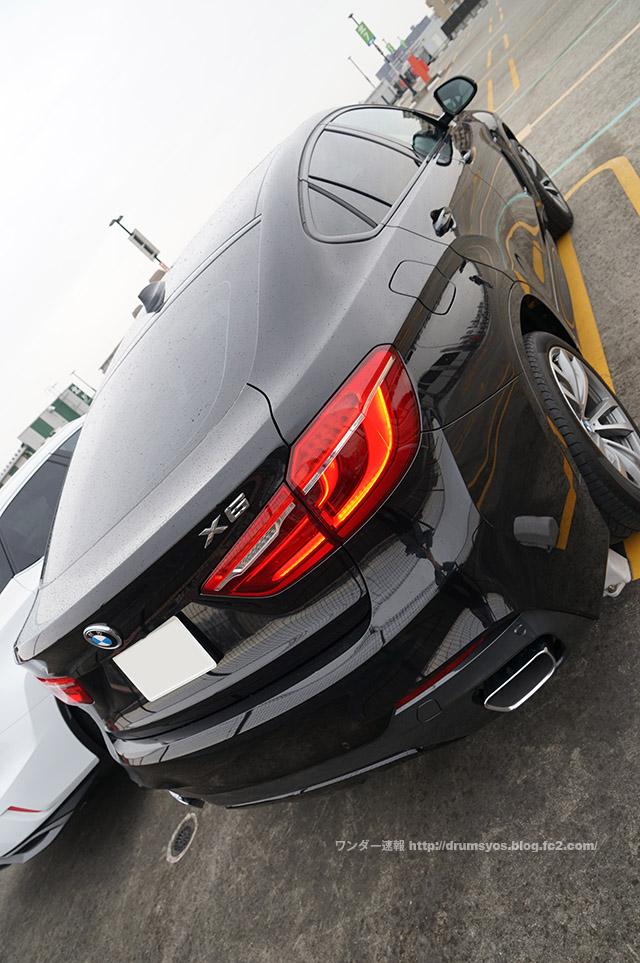 BMWx6_05.jpg