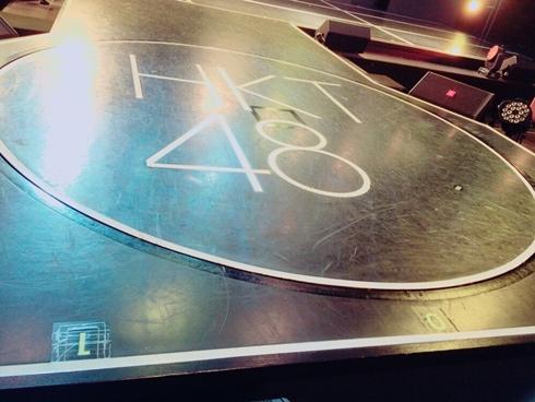 hkt48theater-debeso.jpg