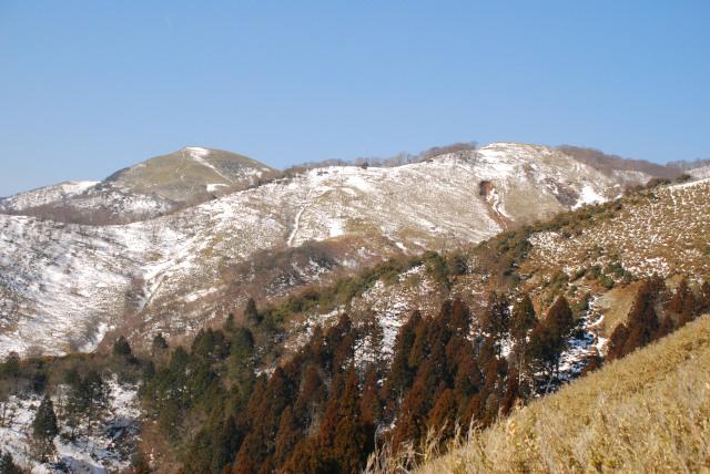 竜ヶ岳_遠足尾根_残雪の登山道