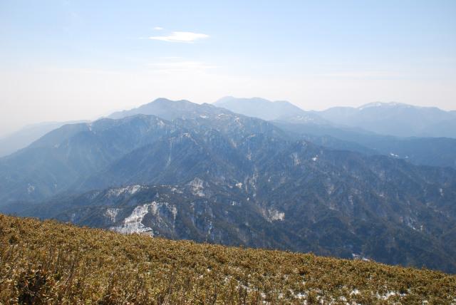 竜ヶ岳から鈴鹿セブンサミッツの眺め