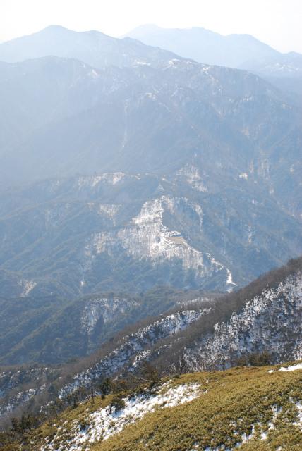 竜ヶ岳からいしぐれ峠と三池岳と釈迦ヶ岳