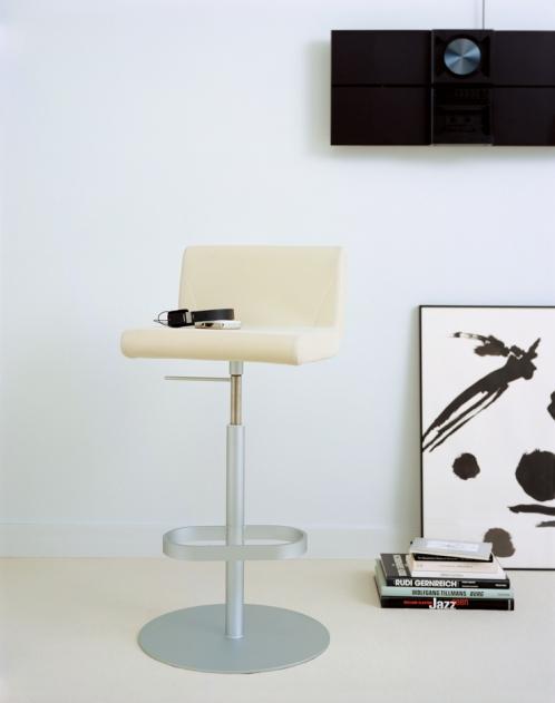 BOOMERANG counter chair(ブーメラン カウンタースウィベルチェア)GWÉNAËL NICOLAS/WATER STUDIO(グエナエル・ニコラ/ ウォータースタジオ)ixc.(イクスシー)