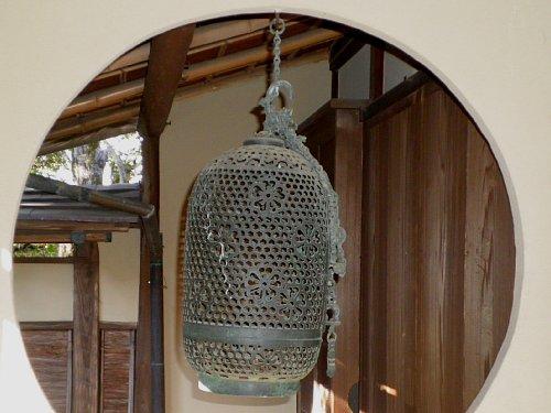 物外軒・吊燈籠