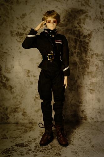 PARABOX、27cmスリム、弥勒ヘッド、メイクカスタム、軍服に着替えました