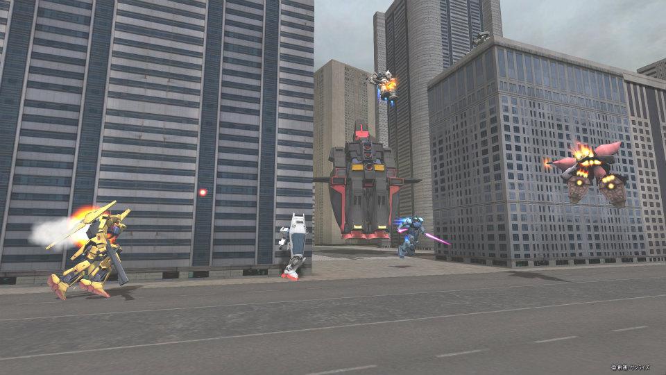 基本プレイ無料の100人同時対戦オンラインゲーム『機動戦士ガンダムオンライン』 サイコガンダムが登場する大規模戦フィールド「荒廃都市-市街地強襲戦」を実装したよ