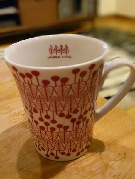 会社のマグカップ