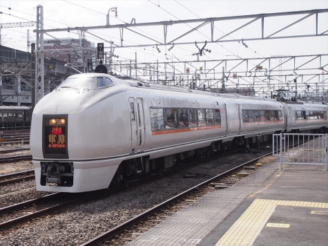 JR 吾妻線 651系1000番台 特急 草津31号