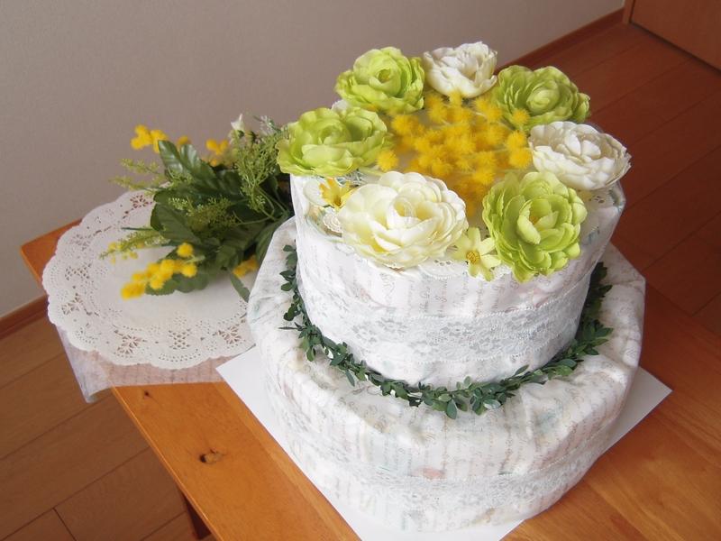 ボタニカルおむつケーキ