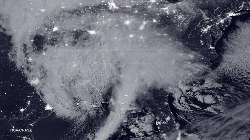 【ブリザード】アメリカの6州で「非常事態宣言」 吹雪、大雪により3000万人に影響